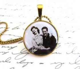 Custom necklace with your family photo, 1' round setting