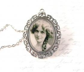 Custom necklace w/ yourphoto, large oval setting, personalized jewelry